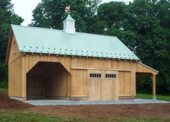Barn built by Aaron King LLC